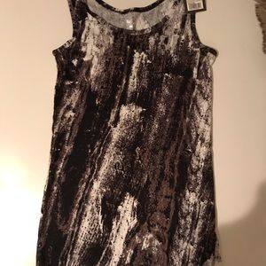Mossimo cute tank top size M GREAT WITH ANY COLOR
